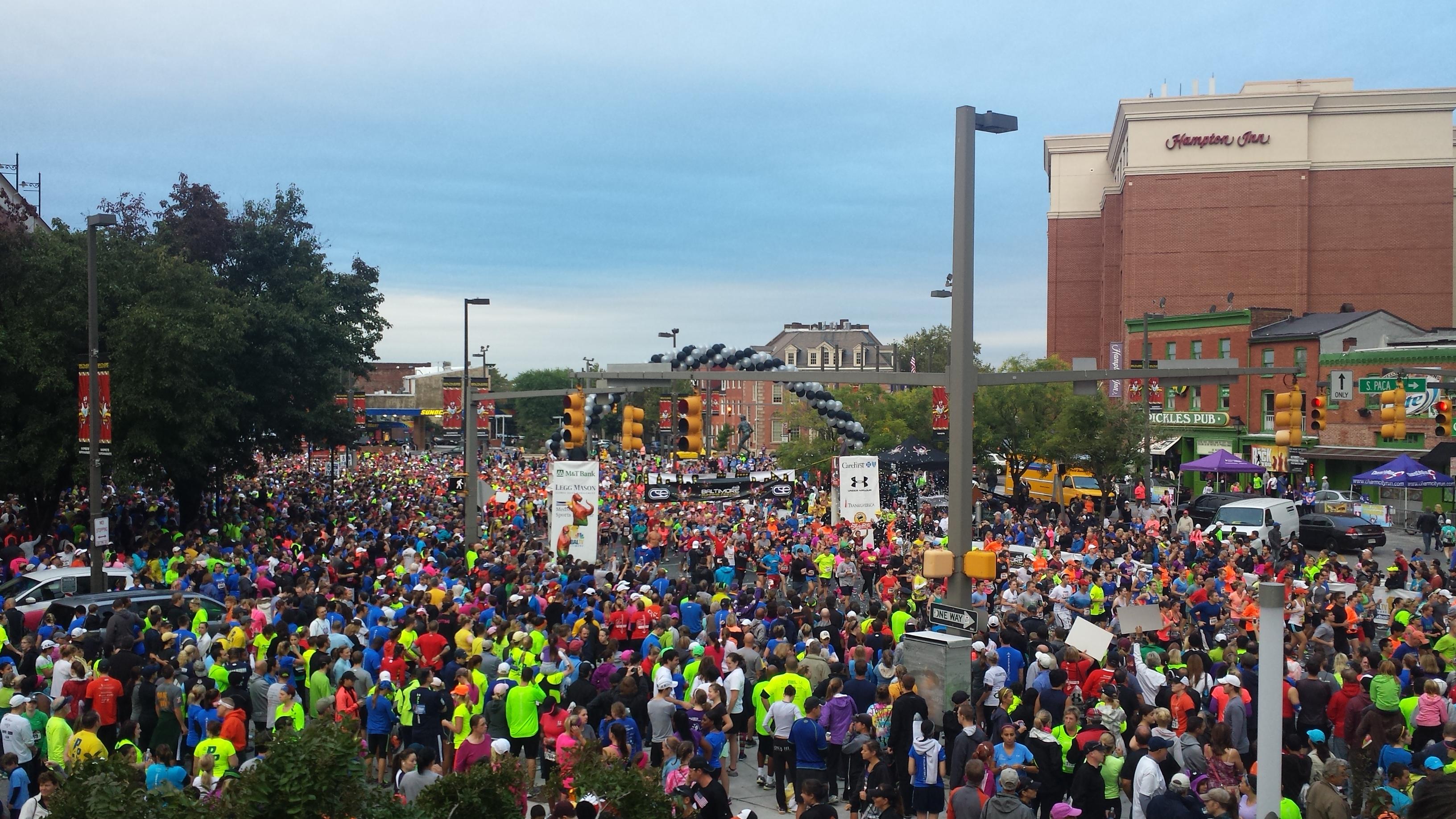 Crowd shot @ start line